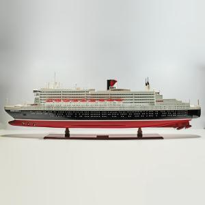 Queen-Mary-II-Painted-L140-01